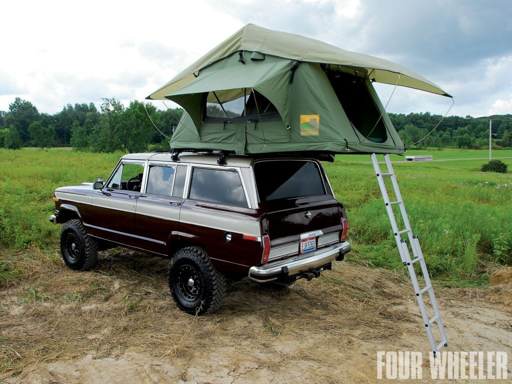 129_1007_02+1988_jeep_grand_wagoneer_family_camper+rooftop_tent (1).jpg