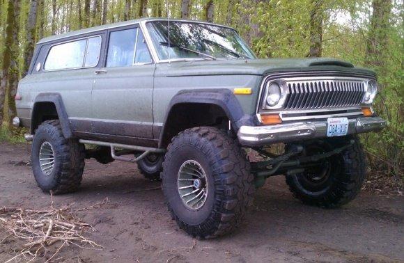 1977_Jeep_Cherokee_Chief_Wagon_For_Sale_resize.jpg
