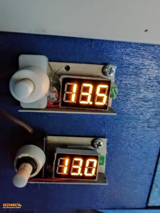 Led Voltmeter.jpg